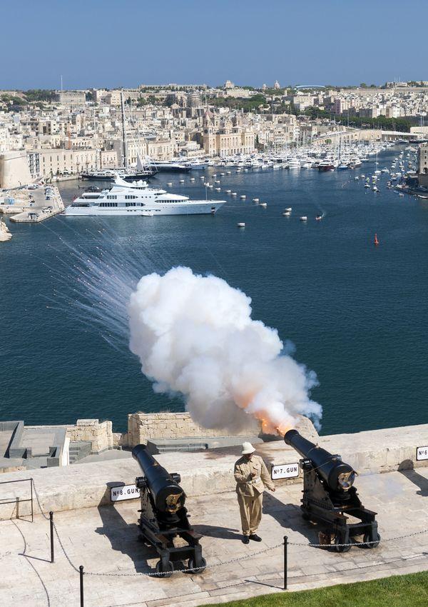 Valletta Noon Gun Salute thumbnail