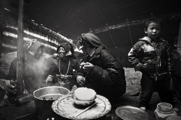 The Nomads of Tagong in Kham, Tibet. I spent two days with them. thumbnail