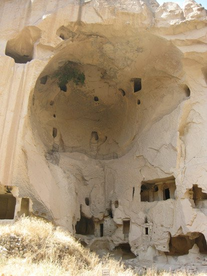 Cappadocia's Fairy Chimneys and Cave Dwellings