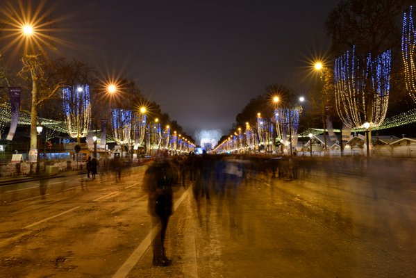 Ghost people walking in Champs Elysees at 2017 New Year's Eve thumbnail