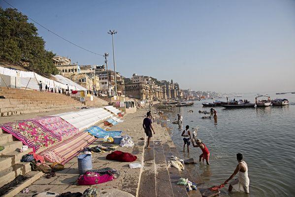 Drying cloth at Varanasi thumbnail
