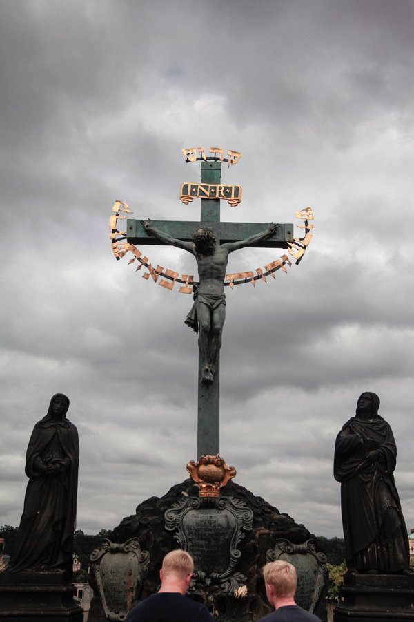jesus on the cross and twins thumbnail