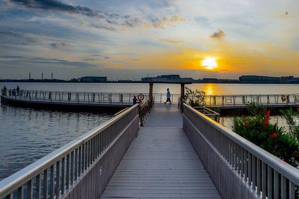 Sunset over the reservoir thumbnail