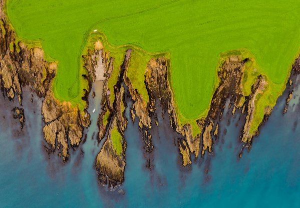 An aerial view of Dingle peninsula  thumbnail