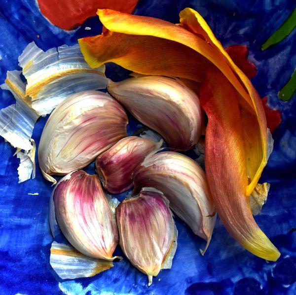 Garlic Garnished with Tulip Petals thumbnail