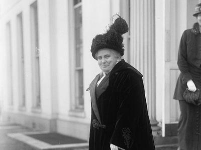 Anna Howard Shaw in Washington, D.C. in 1914.