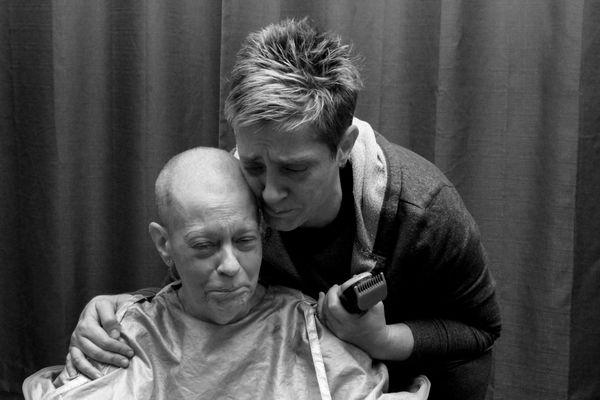 Shaving Her Mother's Hair for The Transplant thumbnail