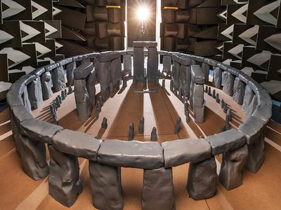 An eight-foot-wide model of the intact monument was placed in an acoustics-testing chamber. Researchers found that sounds emanating from near the center reverberated within the structure.
