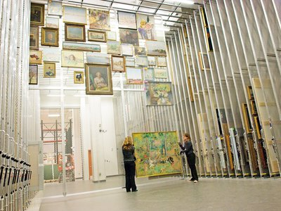 Hirshhorn Museum and Sculpture Garden, Smithsonian Institution, an example of an art hanging storage