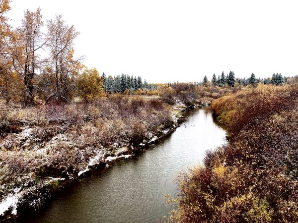 River in the fall thumbnail