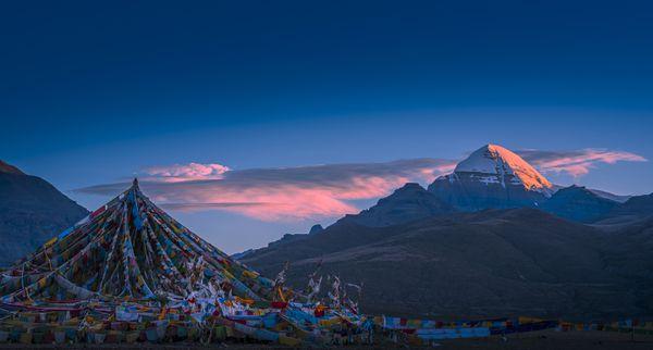Mt Gang Rinpoche thumbnail