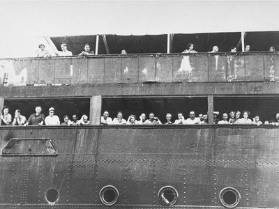 Jewish refugees about the St. Louis