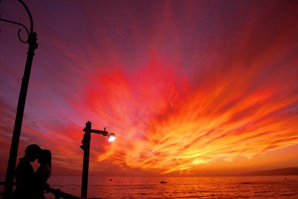 Sunset in Santa Monica thumbnail