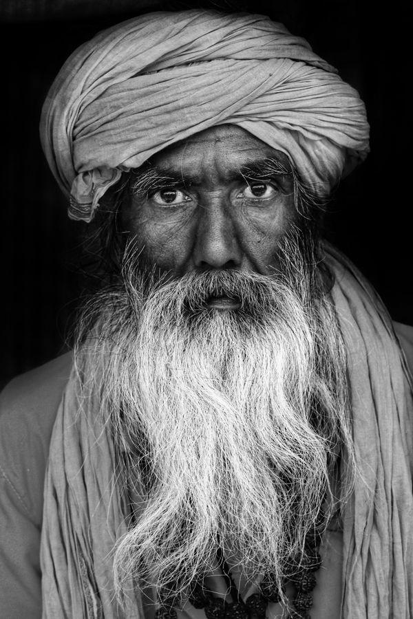 Long beard face thumbnail