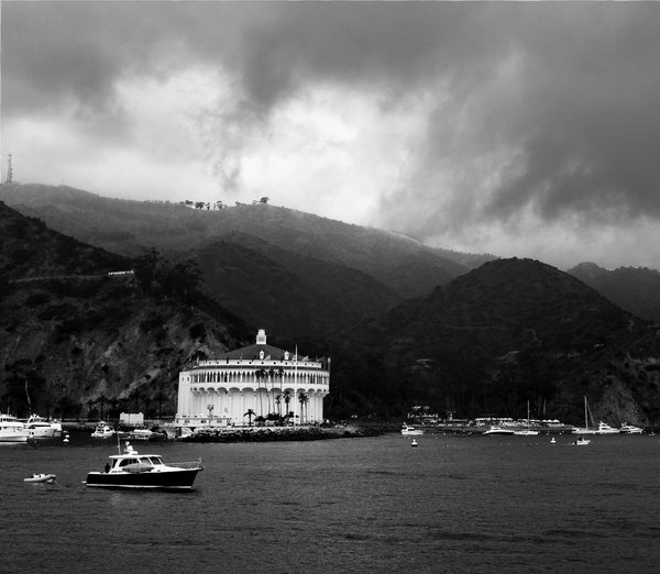 The Casino on an overcast day in Catalina Island thumbnail
