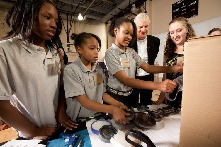 Expose Talented Kids From Low-Income Familes To Inventors and They're More Likely To Invent