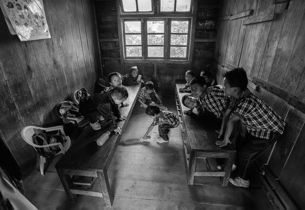 Day in a Sherpa School thumbnail