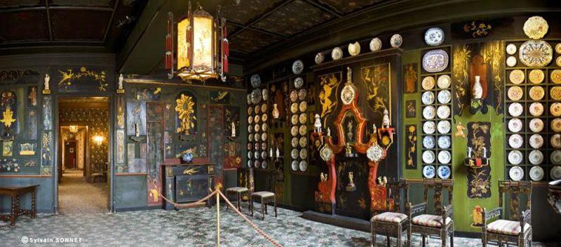 Le Salon Chinois represent's Hugo's time in exile and his rather ornate sense of decoration. (image: Françoise Cochennec via Maisons de Victor Hugo