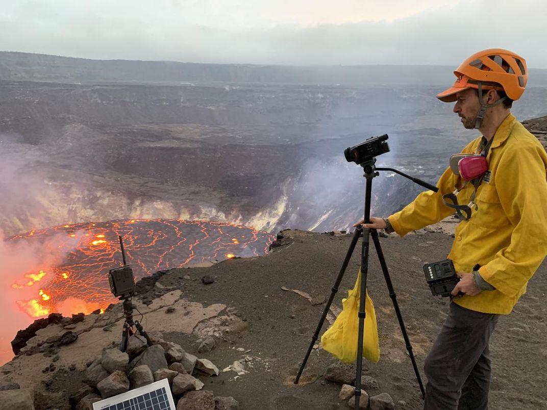 Kīlauea Spews Magma and Golden Strings of Volcanic Glass on Hawaii's Big Island