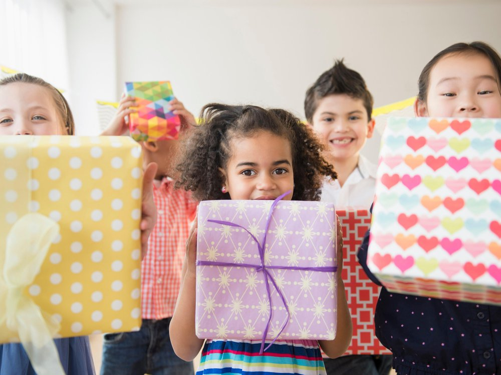 kids and gifts