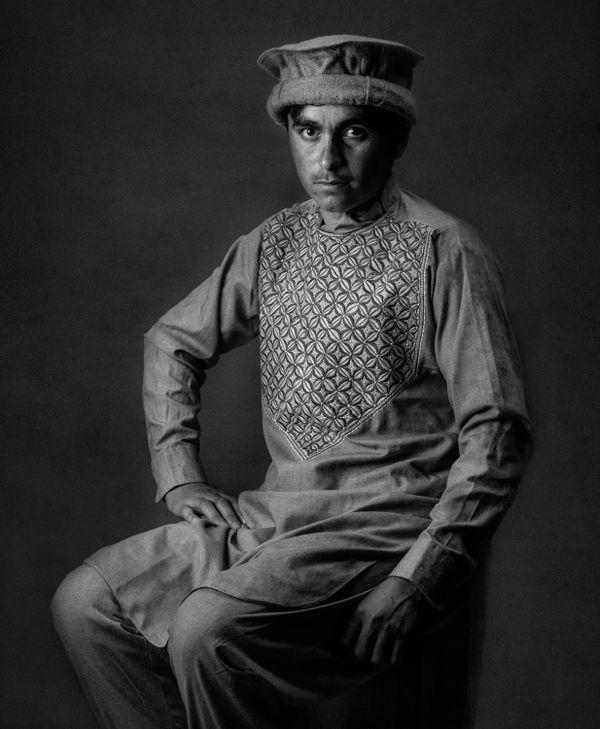 Afghan boy thumbnail
