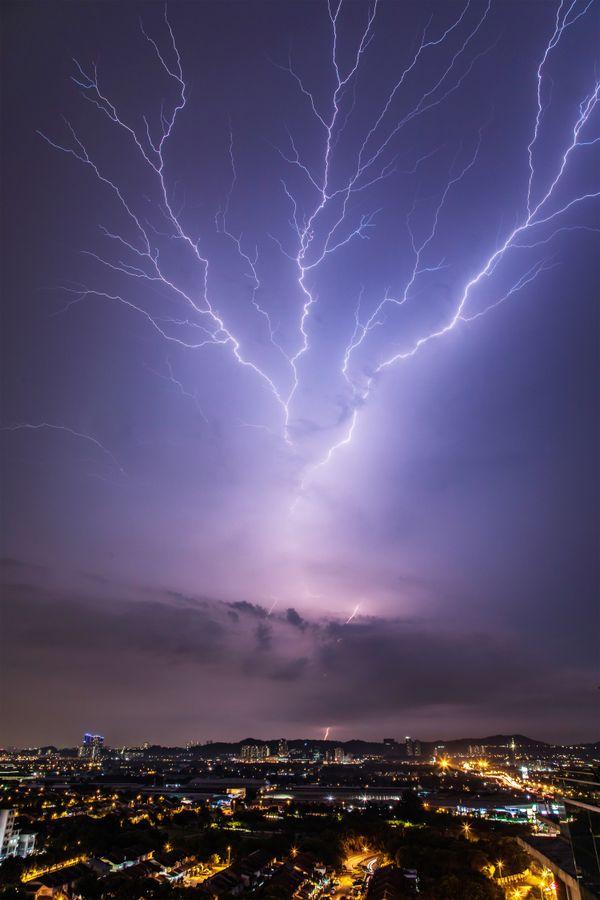 Upward Lightning thumbnail