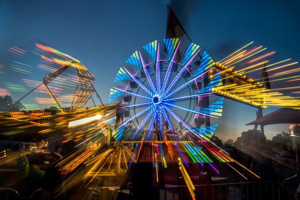 Carnival- ferris wheel thumbnail