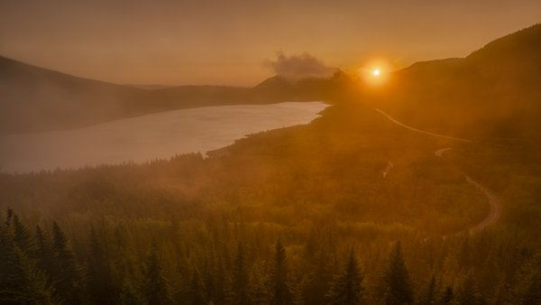Sunrise Over The Canadian Rockies thumbnail
