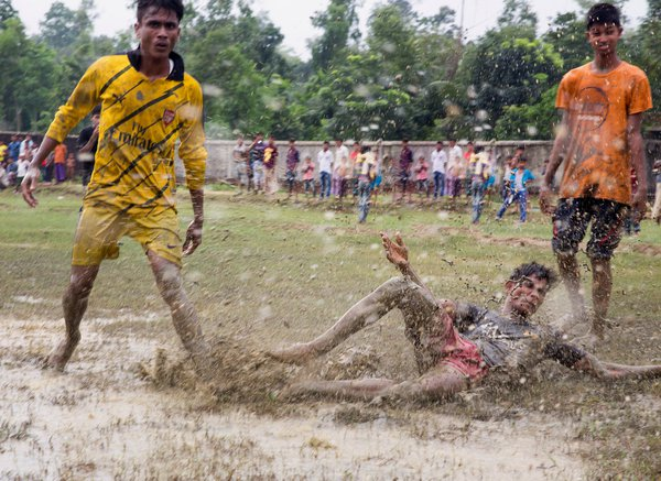 The World Cup in muddy field thumbnail
