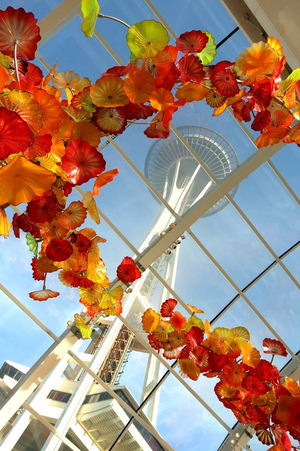 Space Needle & Chihuly Glass thumbnail