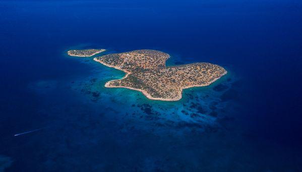 Greek island thumbnail