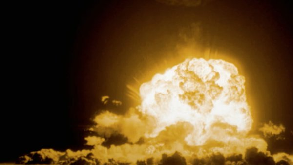 Preview thumbnail for Capturing a Photograph of an Atomic Bomb Blast