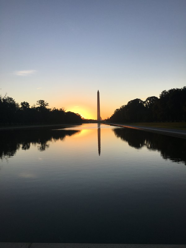 Sunrise at Washington Monument thumbnail