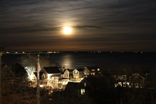 Moon rise in PTown thumbnail