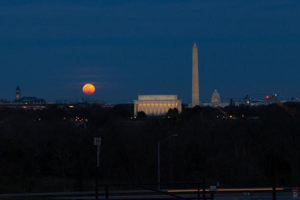 Super Moon and Monuments-Arlington, VA-March 2020 thumbnail