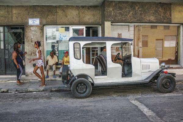 Street in Havana thumbnail