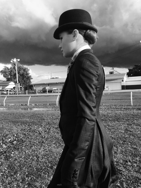 Getting ready for the horse show thumbnail