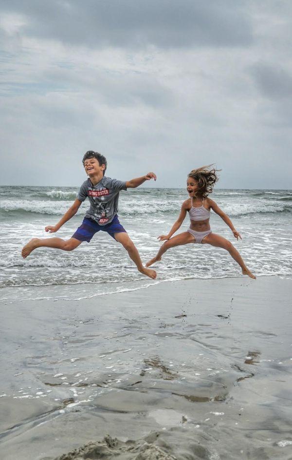 Siblings Jumping Competition thumbnail