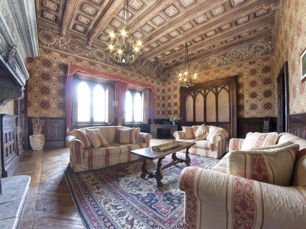 Borgia living room