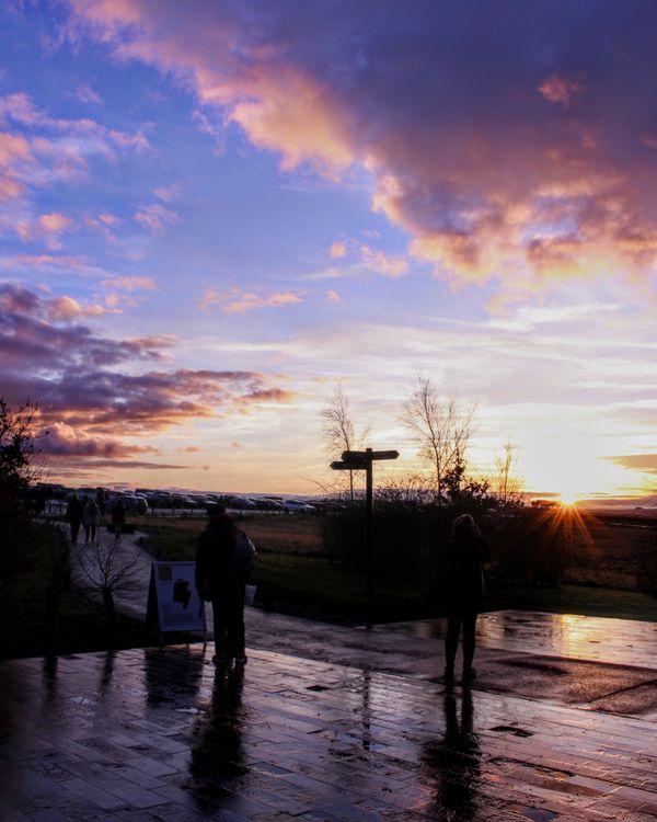 Winter sunset in Stonehenge thumbnail