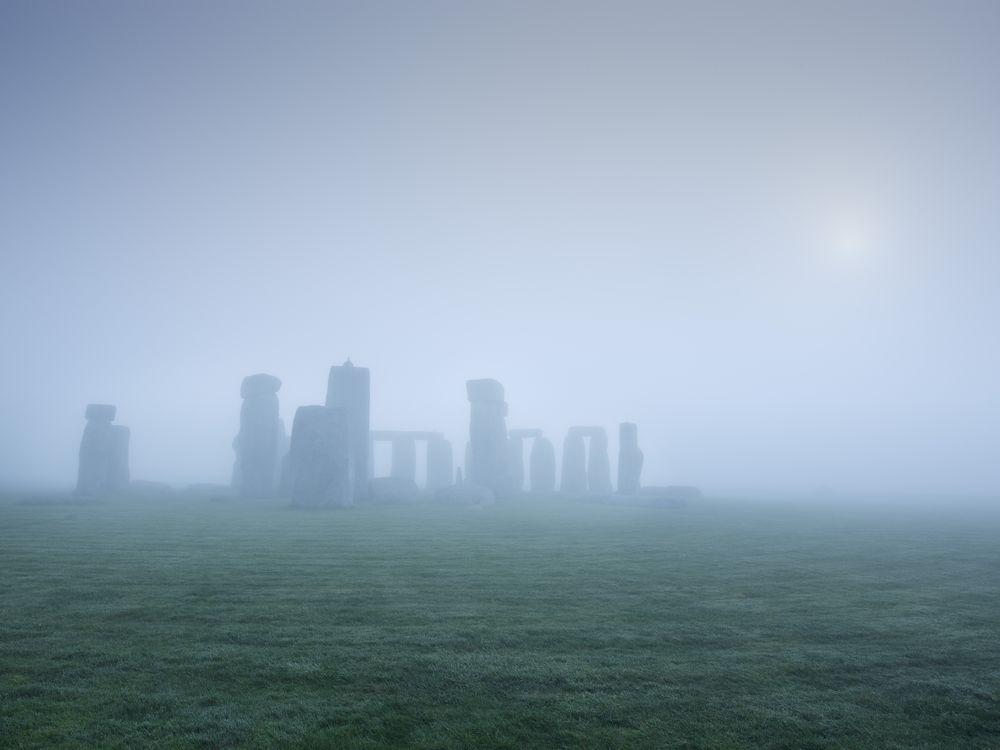 SEP14_I09_Stonehenge.jpg