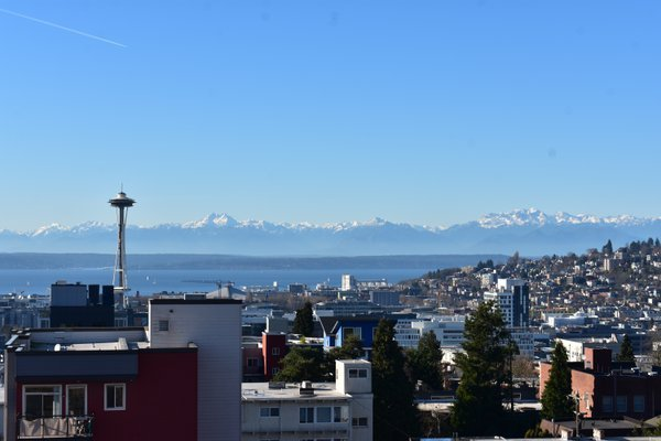 Seattle, the Puget Sound, and the Olympic Mountains thumbnail