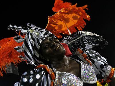 Samba school Mocidade Independente de Padre Miguel performs at the sambodromo during the carnival of Rio de Janeiro, Brazil, 03 March 2014.