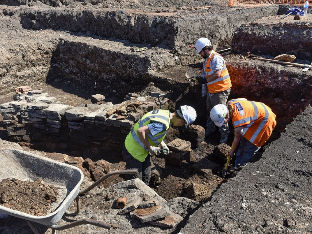 Tiles 'Fit for the Emperor' Found in Roman Ruins Beneath English Cricket Club