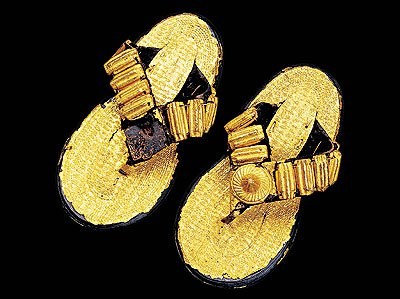 In most Akan states, gold-ornamented sandals identify a ruler. It is taboo for a chief to walk barefoot; to do so, followers believed, would invite disaster.