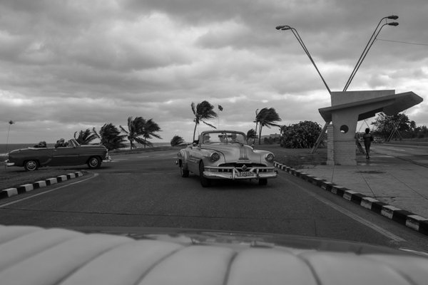 Classic Cars driving in the wind thumbnail