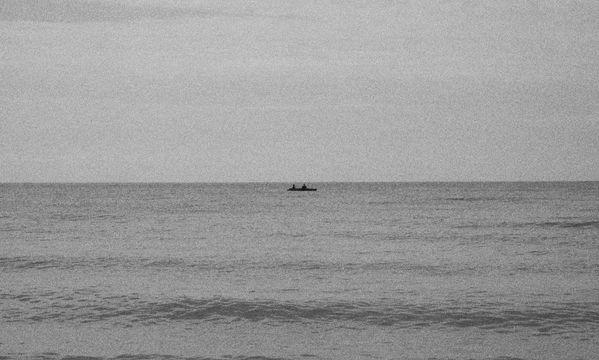 Fishermens in the sea thumbnail