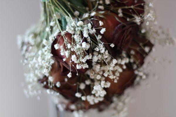 A dried wedding bouquet thumbnail