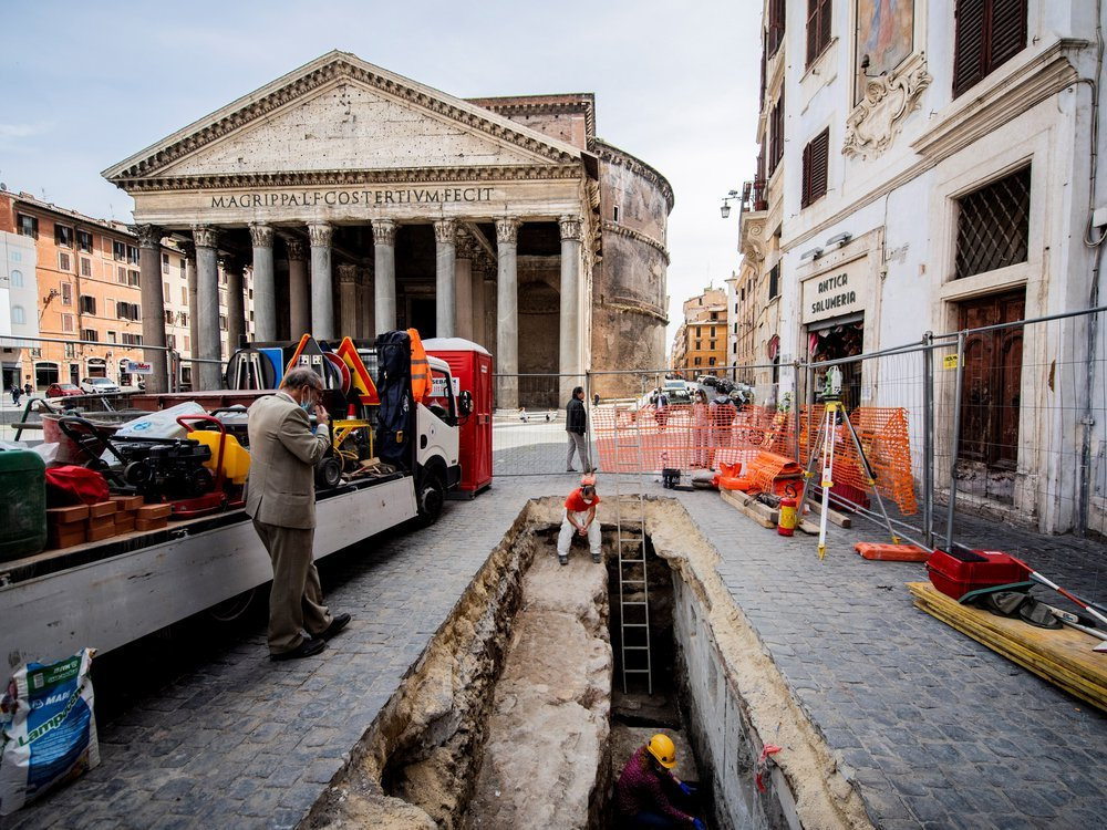Pantheon sinkhole