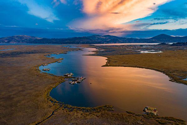 Sunset of Lake Titicaca thumbnail
